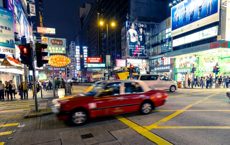 香港で走る車