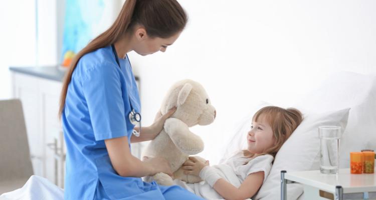 入院 女の子